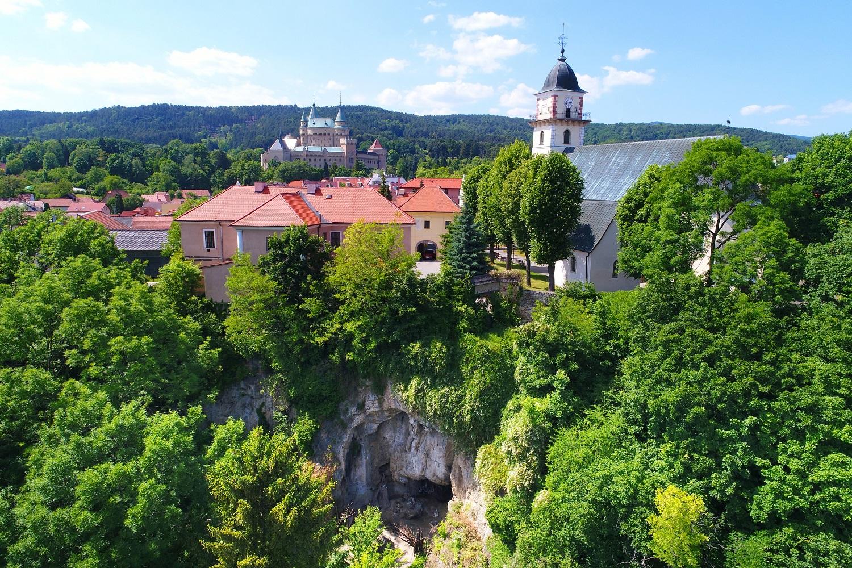 Jedli bojnickí neandertálci divé kone? Navštívte región Horná Nitra-Bojnice a zistite viac...