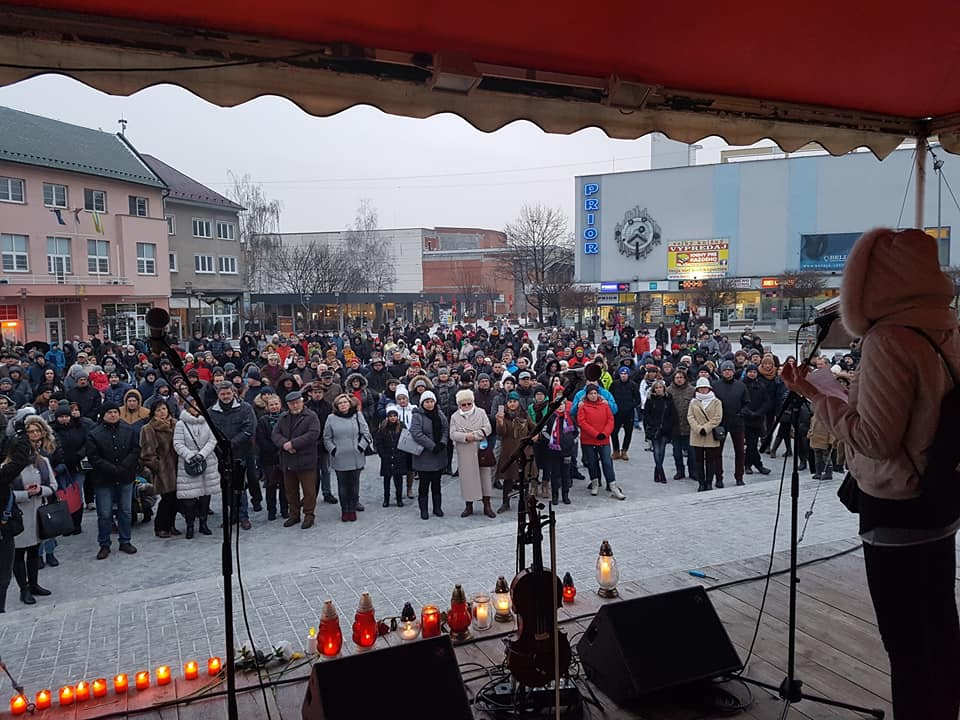 34038af99 Postavme sa za slušné Slovensko! Pochody chystajú na piatok po celom ...