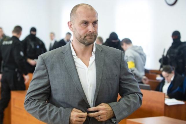 N. Bödör na súde poprel výpoveď P. Tótha, sledovanie novinárov odmieta