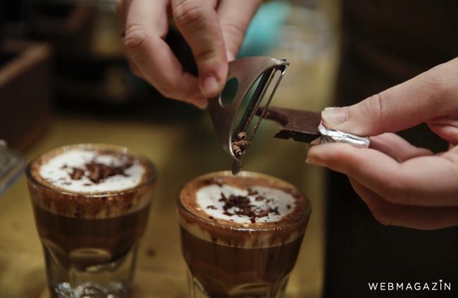 Ako správne nazývať kávy? Malé a veľké presso či piccolo neexistujú.