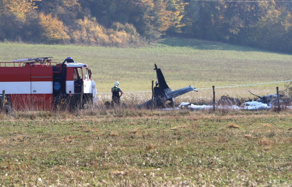 Medzi Sliačom a Kováčovou sa zrútilo vojenské lietadlo L-39 + prvé foto