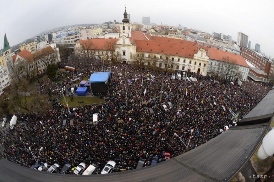 462bc7b7c Ľudia vo viac ako viacerých mestách na Slovensku budú opäť protestovať,  žiadajú odvolanie Gašpara (zoznam miest) - 24hod.sk