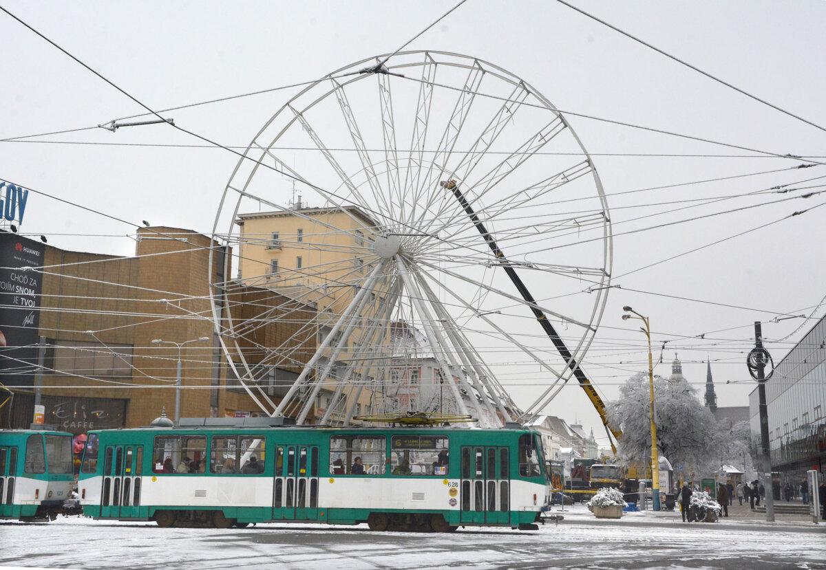 V košickom centre mesta dočasne pribudlo ruské koleso