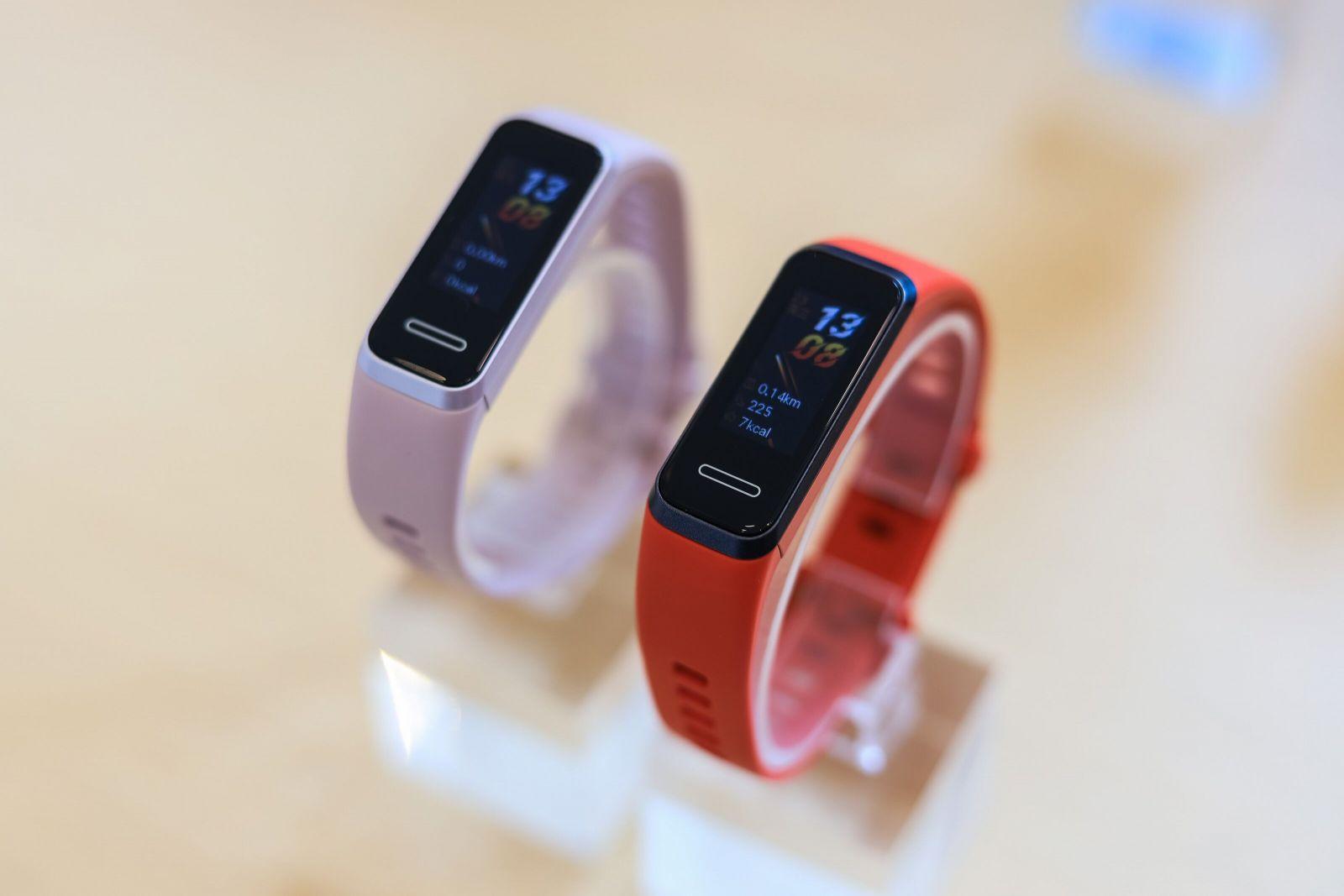 Huawei uvádza na trh fit náramok Band 4 s vylepšenými funkciami