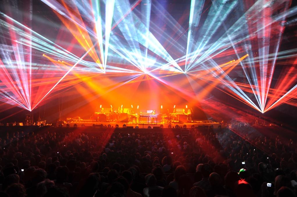 Video: Fenomenálny Jean-Michel Jarre zahrá v Bratislave