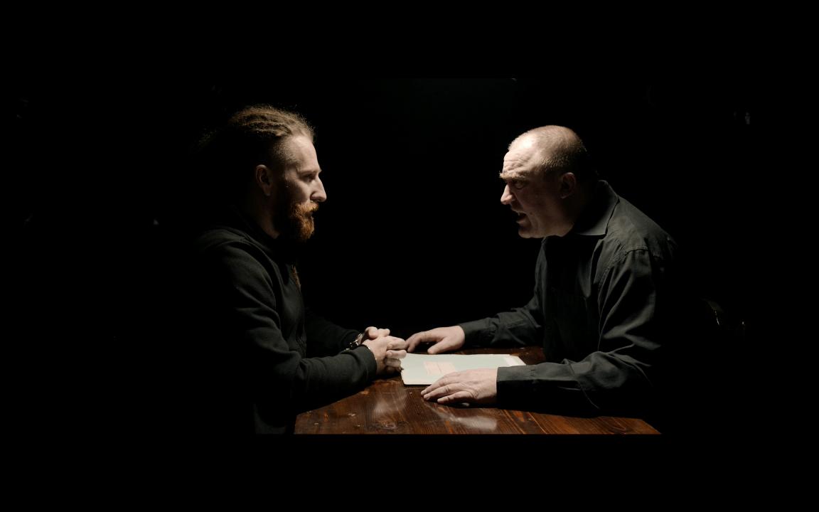 Video: Heľenine Oči šokujú videoklipom k skladbe Agent SIS