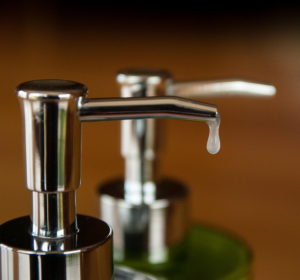 Obávate sa infekcie a chorôb? Tak si vyrobte domácu dezinfekciu na ruky!