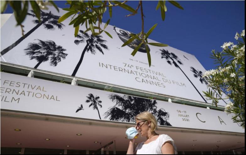 Začína sa filmový festival v Cannes, prvý od začiatku pandémie