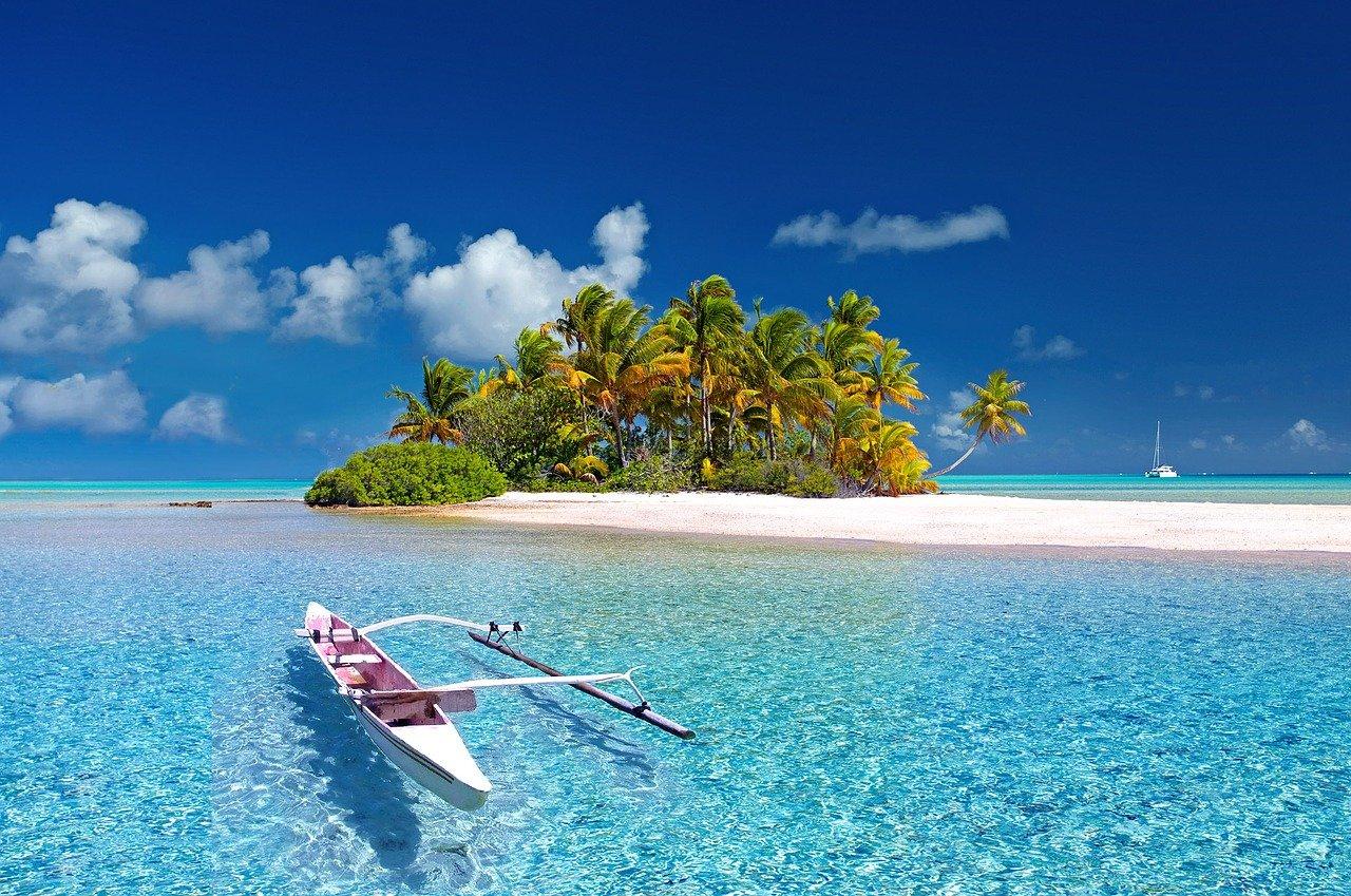 Konzílium odborníkov dôrazne neodporúča cestovať na exotické dovolenky