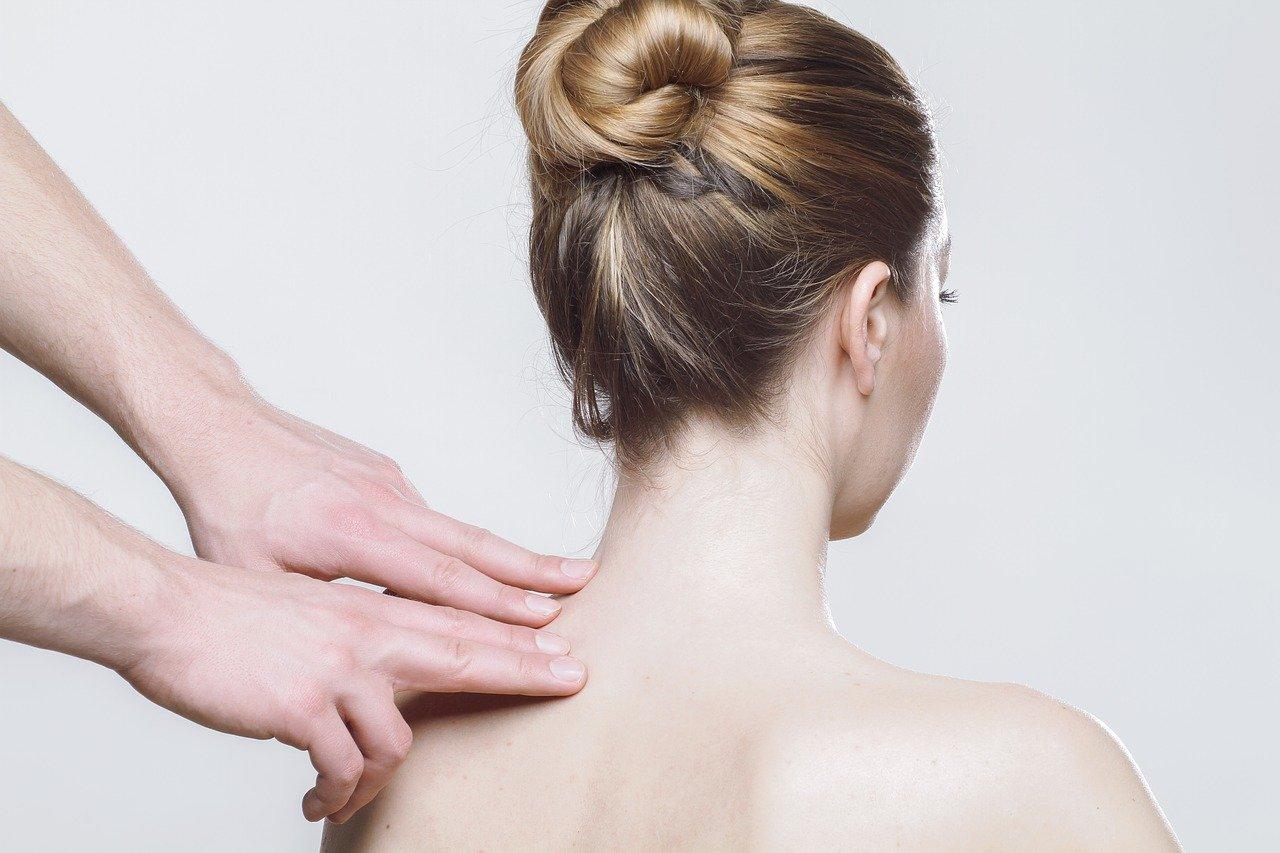 Čo robiť keď vás trápi bolesť chrbta?