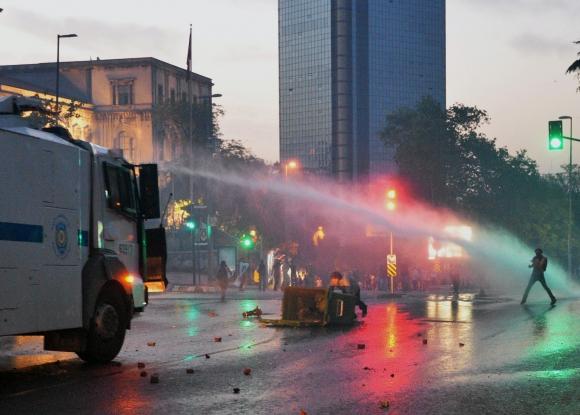 Demonštrácie v Turecku