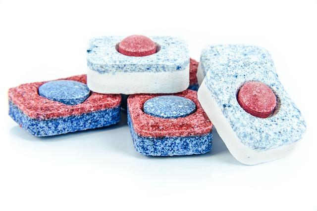 Tablety do umývačky sa môžu využiť aj inak