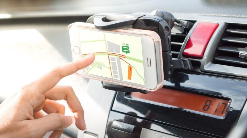 Príslušenstvo na mobil do auta vám zjednoduší život a skvalitní jazdu