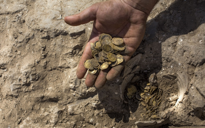 Pamiatkari našli zlatý dukát uhorského panovníka Ladislava V. Pohrobka