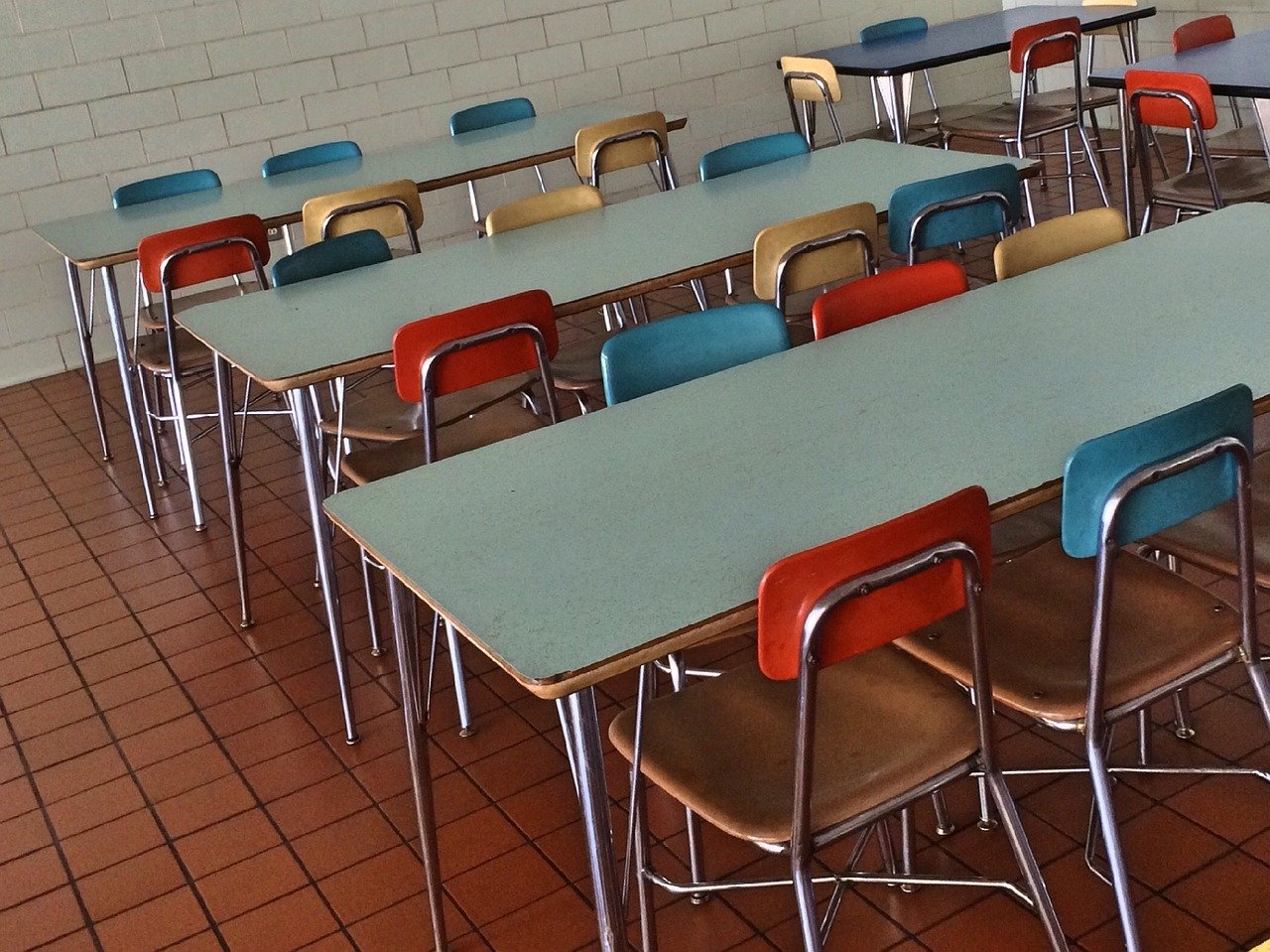 Nie všetci žiaci trnavských škôl budú mať teplý obed, časť školákov dostane bagety