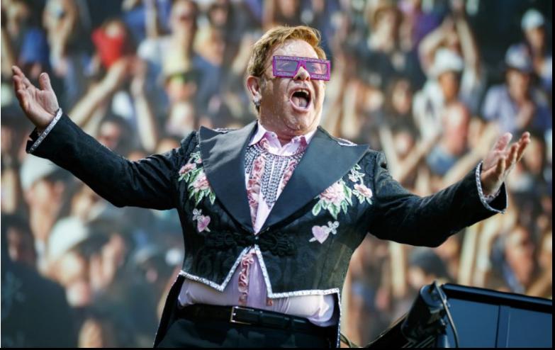 Elton John vytvoril rekord; jeho skladby bodujú v rebríčkoch 6 desaťročí