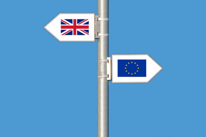 EÚ prišla o hviezdičku. Brexit vzťahy s Londýnom zatiaľ veľmi nezmení, zlom nastane koncom roka