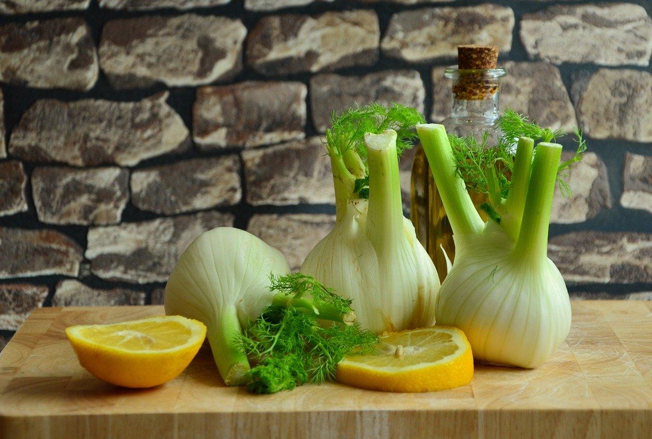 Okrem toho, že fenikel je výborný pri tráviacich ťažkostiach, dá sa skvele využiť v kuchyni