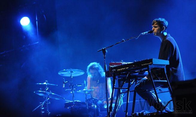 The Prodigy predstavili šou doplnenú skvelými svetlami, členovia skupiny udržiavali s publikom nepretržitý kontakt.