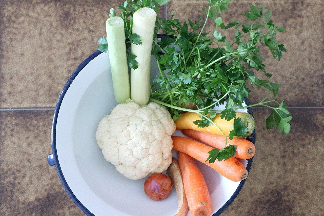 Druhy zeleniny, ktoré majú blahodarný vplyv na zdravie žien. Obsahujú mimoriadne cenné látky