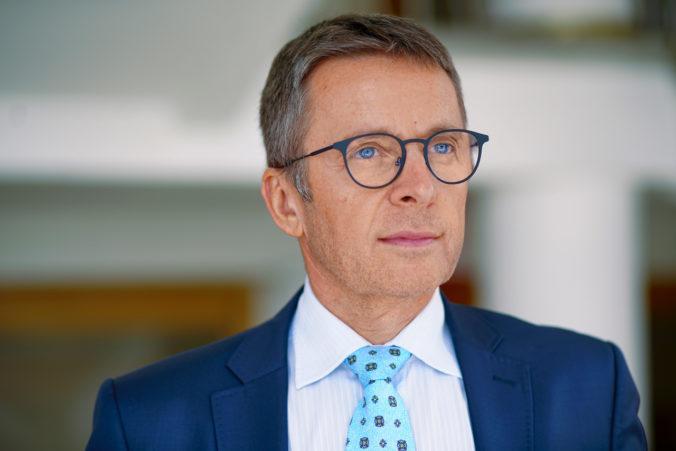 Ivan Mikloš má s vládnym balíkom problém. Pomoc nebude dostatočne rýchla
