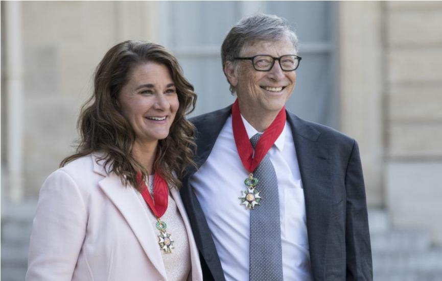 Bill Gates a jeho manželka Melinda sa rozvádzajú