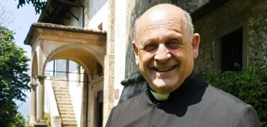 Šľachetný čin: Infikovaný taliansky kňaz daroval svoj pľúcny respirátor mladšiemu pacientovi. Neskôr zomrel