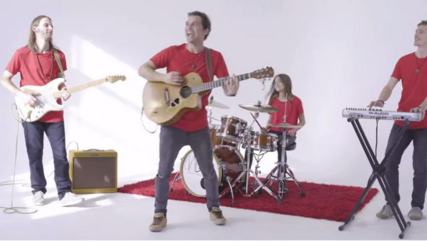 Video: Spevák Juraj Hnilica predstavuje videoklip k piesni 1+1=3