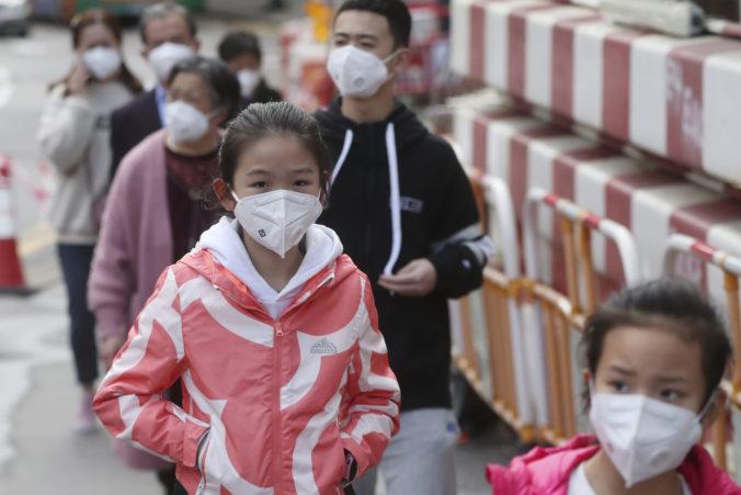 Šírenie nového koronavírusu sa zrýchľuje, Čína je podľa prezidenta vo veľmi vážnej situácii