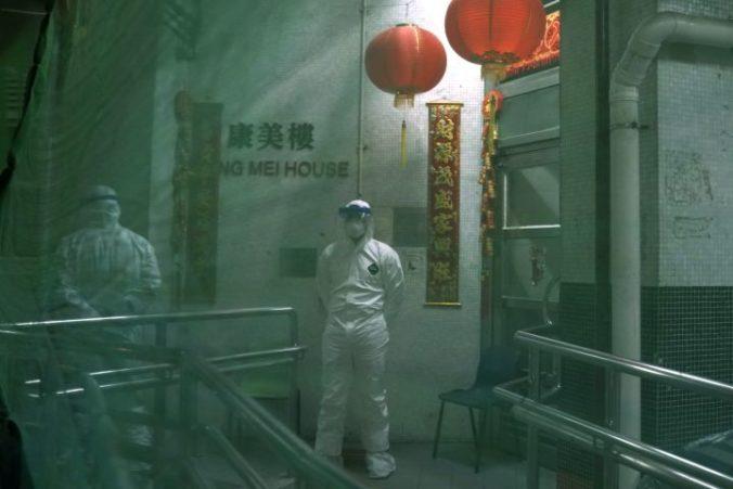 Počet obetí nového koronavírusu v Číne už prekročil tisíc
