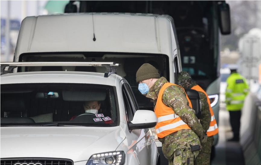 Od pondelka sa mení režim na hraniciach