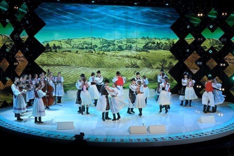 Folklórnu šou Zem spieva čaká prvé semifinále
