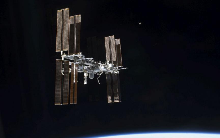 Astronauti našli miesto úniku vzduchu v ruskej časti stanice ISS