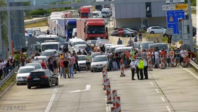 Slováci čakajú na spustenie eKarantény, Matovič prišiel s novým návrhom pre repatriantov