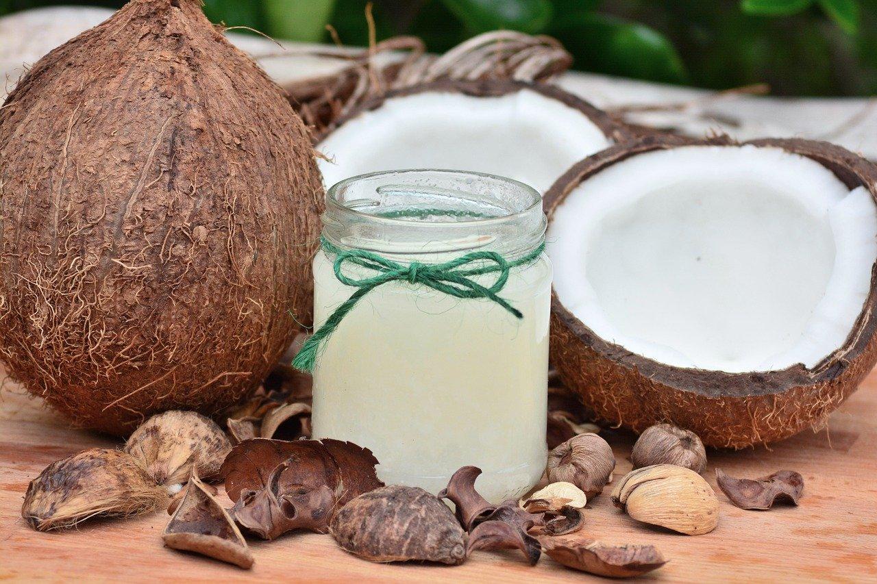 Kokosový olej v domácnosti dokáže malé zázraky!