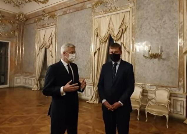 Prvá návšteva Korčoka smerovala do Česka, s Petříčkom rokoval o uvoľňovaní režimu na hraniciach (video)