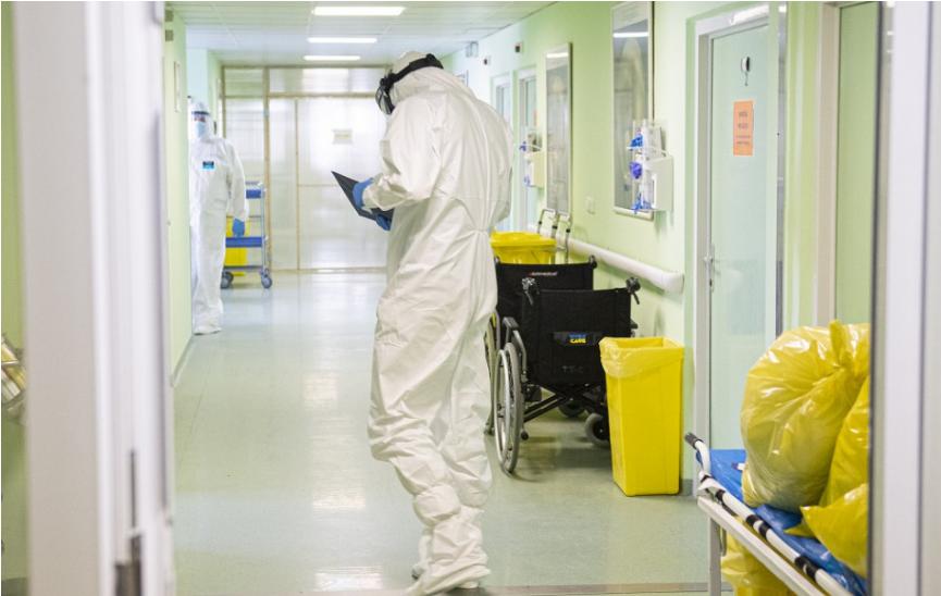 Koronavírus: Na Slovensku pribudlo 589 prípadov COVID-19, počet obetí stúpol o 78