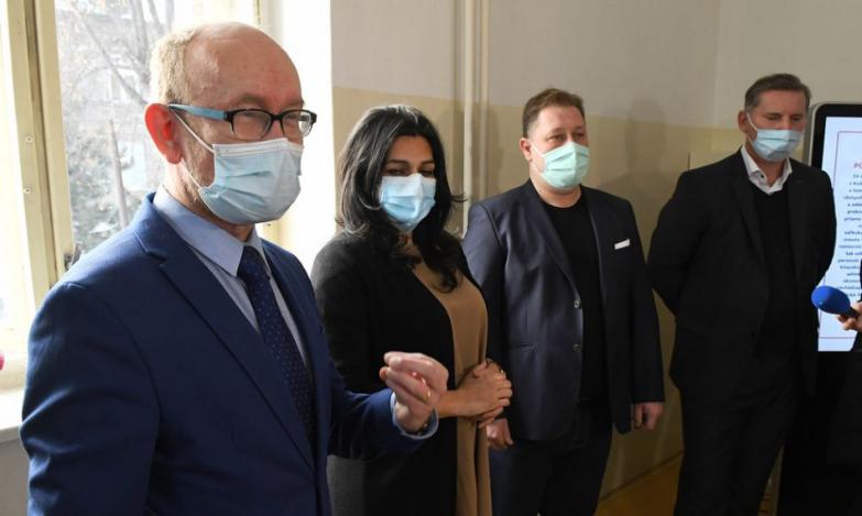 Univerzitná nemocnica Louisa Pasteura (UNLP) Košice otvorila nové očkovacie centrum