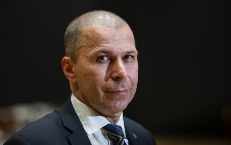 Výbor Národnej rady SR pre obranu a bezpečnosť odporučil do funkcie prezidenta Policajného zboru Petra Kovaříka.