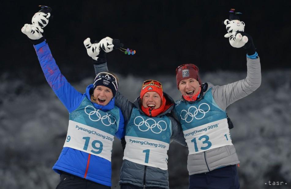 Slovenská biatlonistka Anastasia Kuzminová sa raduje v cieli zo zisku striebornej medaily v stíhacích pretekoch žien na 10 km počas XXIII. zimných olympijských hier 12. februára 2018 v juhokórejskom Pjongčangu.