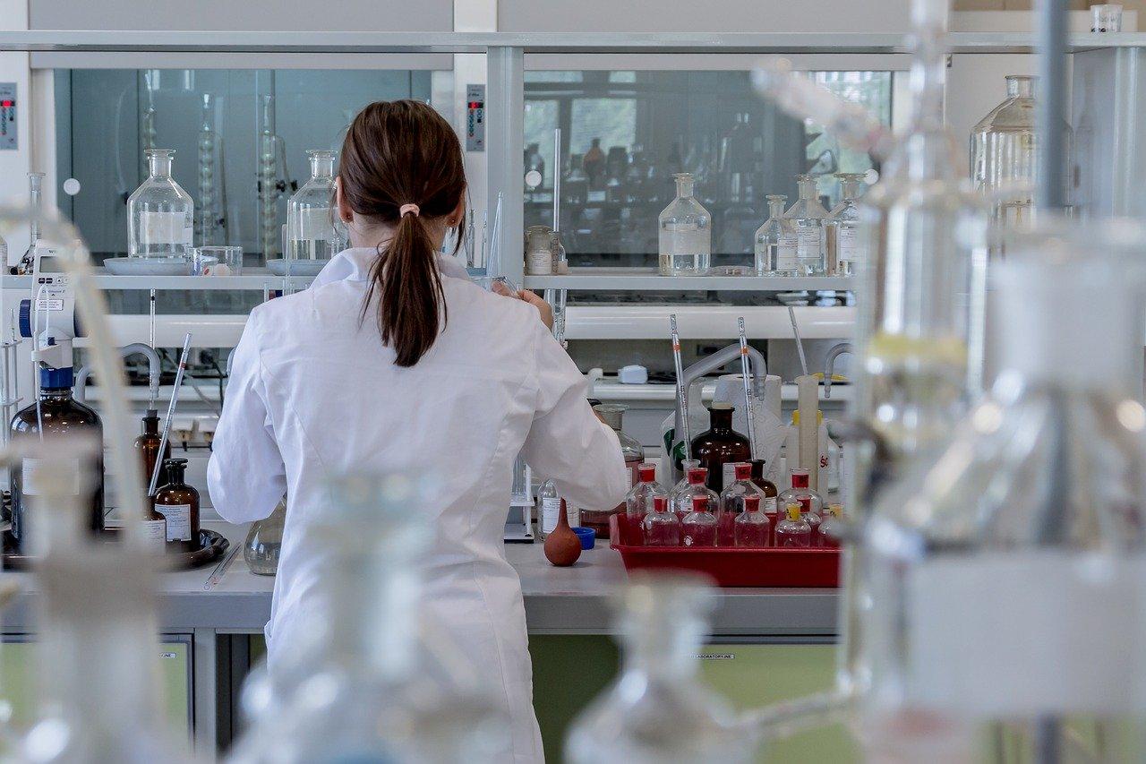 Český vedec pracuje na nádejnej látke MitoTam v boji proti rakovine
