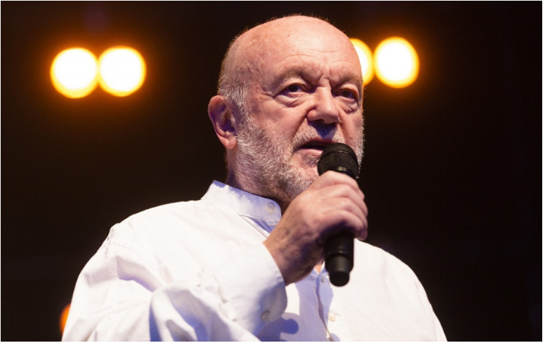 Peter Lipa uvádza live koncert albumu Večerný hosť