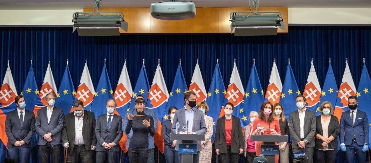 Koronavírus:Matovič predstavil návrh opatrení na Veľkú noc. Navrhne vláde na obmedzenie pohybu od 8. do 13. apríla  (online)