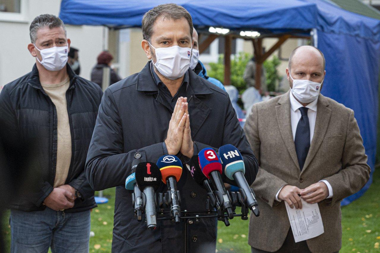 V niektorých okresoch možno nebude druhé kolo plošného testovania, pripustil Igor Matovič.
