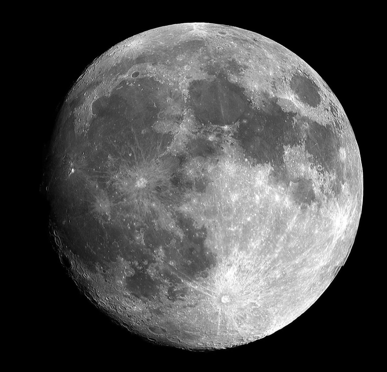 Rusko a Čína plánujú postaviť na Mesiaci vedeckú stanicu