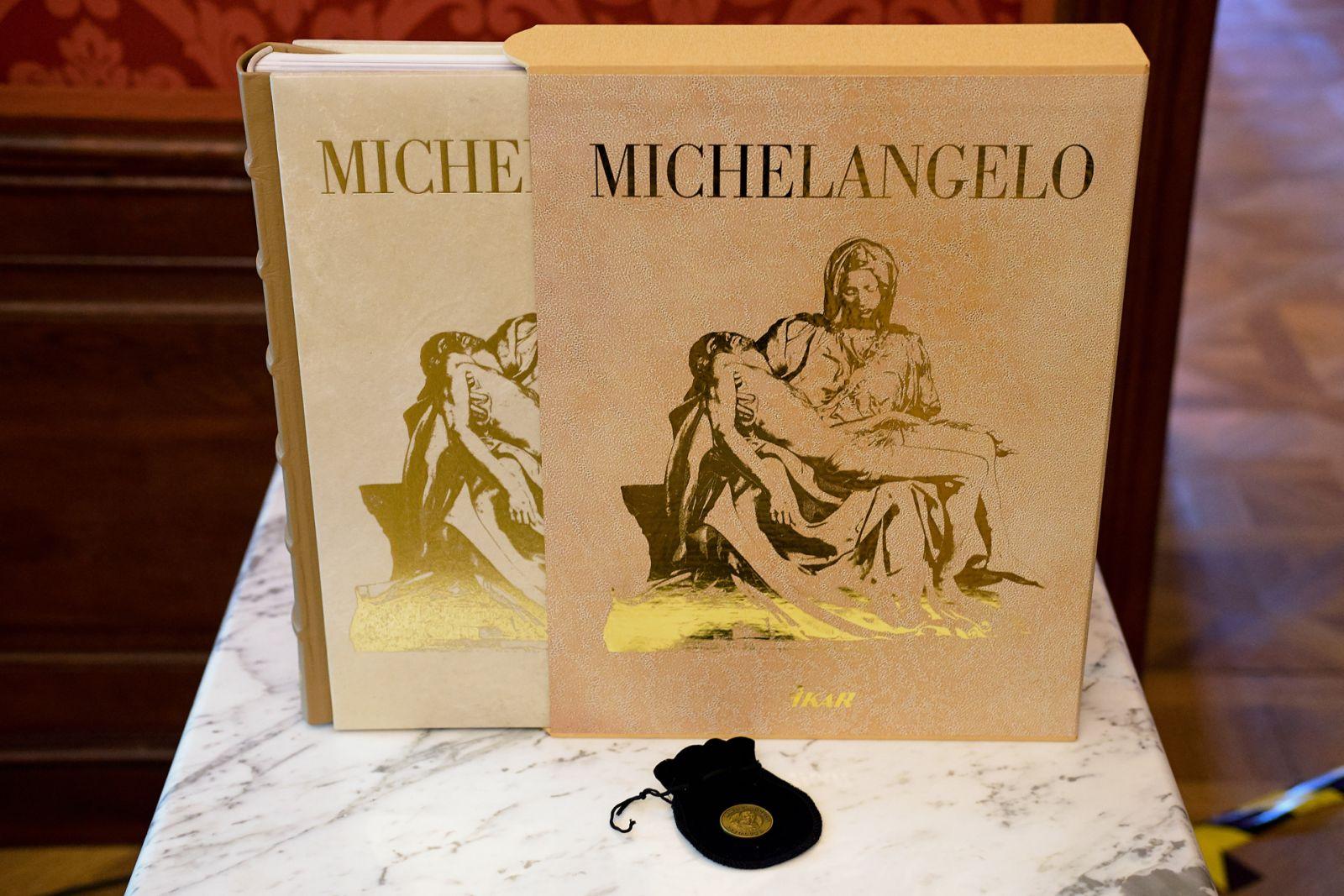 Klenot do vašej knižnice: Dokonalý Michelangelo
