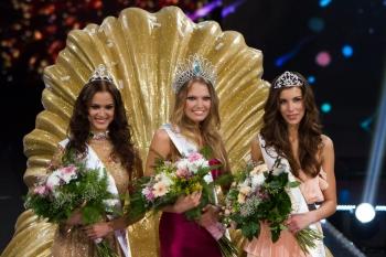 Miss Slovensko 2012 sa stala Kristína Krajčírová