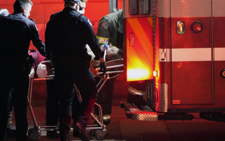 USA: Násilnosti v Kapitole si vyžiadali životy štyroch ľudí