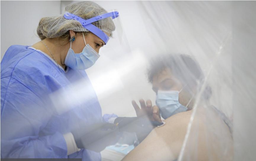 V Nemecku po zaočkovaní AstraZenecou zaznamenali 42 prípadov trombózy