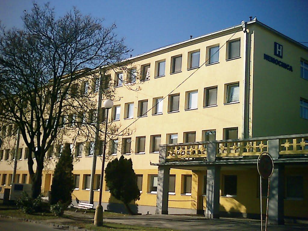 Lučenecká nemocnica eviduje 29 nakazených zamestnancov, zasadal okresný krízový štáb